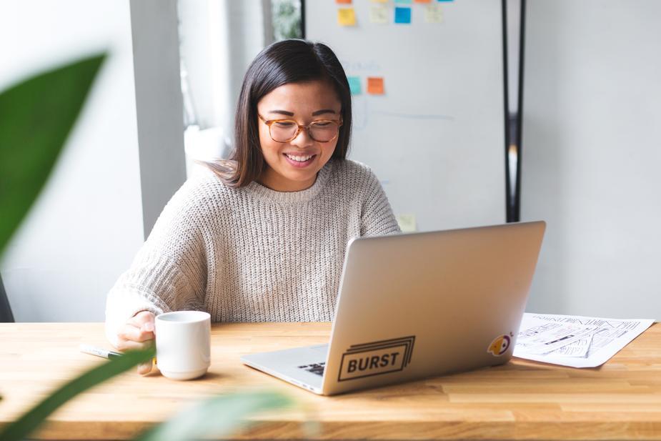 Employee benefits in Singapore: 6 ways technology can empower SMEs